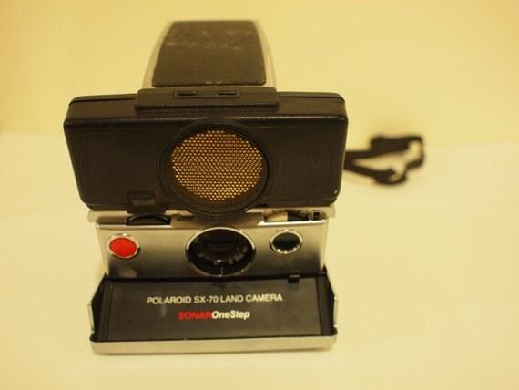 Polaroid SX-70 black Sonar One-Step