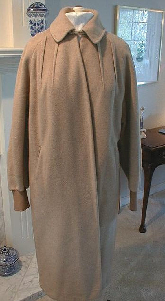 BERNHARD ALTMANN 100% Imported Cashmere by Regal Women's Camel Coat Large / XL