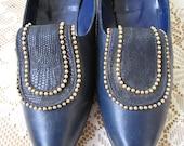 Vintage shoes, shoe 8.5 vintage, UK 6, navy blue