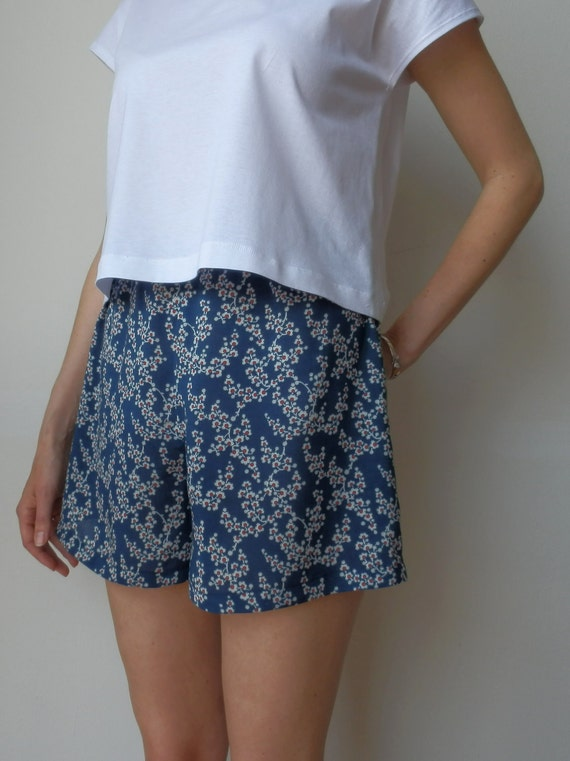 Sample Sale  - 50 % OFF High waisted cherry blossom print, cotton culottes. Size XS (Orig. price 45 USD)