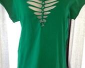 Women's Kelly Green Twisted T Shirt