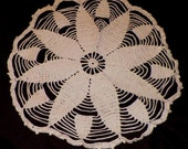 Vintage Handmade Crochet Lace Doilies Doily Beautiful Star Pattern 1960s