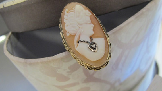 14KT Yellow Gold Vintage Heirloom Cameo Ring