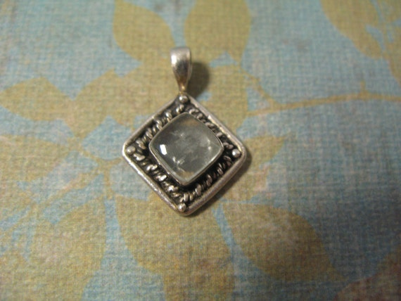 Sterling Silver Vintage Clear Glass Pendant 3.7 grams