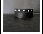 Black & fabric leather strap star