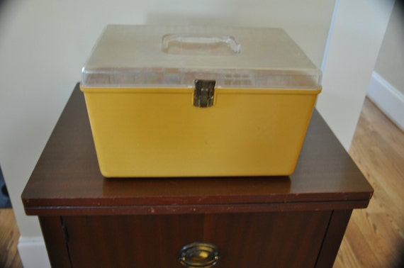 Vintage Sewing Box, Wilson Wil Hold Clear Double Tray