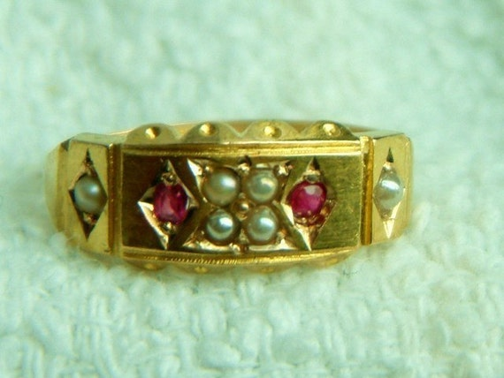 15 K Gold Victorian Era Wedding Band Featuring Genuine Ruby and Seed Pears, Antique not reproduction