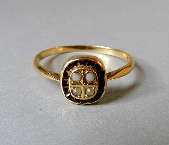 Victorian Antique Solid Gold Ring, Pave' set Rubies and Seed Pearls, Gorgeous