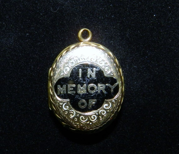 Reserved for M Victorian -Georgian Mourning Locket, 9 K Gold, Hand-etched, Gorgeous 1800s Civil War Era