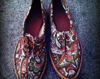 SALE 20% off Vintage 1950's Paisley Pointy Toe Canvas and Jute Keds Unworn