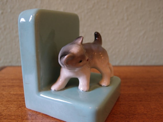 Cute retro 1950s kitten bookend, mint green, ceramic, possibly Japanese
