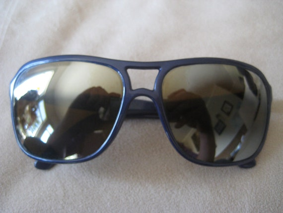 Vuarnet Skilynx Pouilloux Aviator Sunglasses navy blue frames with brown lenses Vintage 1980's