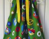 Featuring Dr Seuss Green - Pillowcase Dress - Sizes 3 months, thru 6/7 :CH019