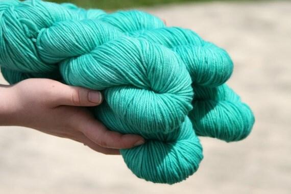 """Handpainted 100% Superwash Merino Wool DK Yarn """"Jade"""" -- Granite DK"""