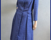 1960s MAD MEN vintage MOD dark blue ladies coat - Excellent condition and tailoring - Flattering cut - Size M