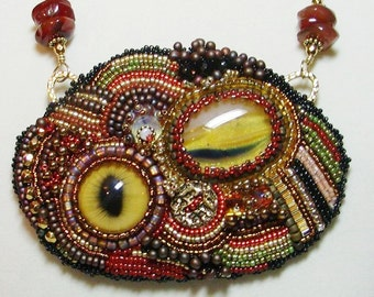 Bead embroidered adjustable necklace