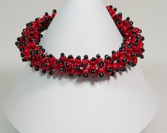 Seed Bead Bracelet, Bead Weaving Bracelet, Black and Red Bracelet