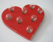 """10""""  distressed red heart wall light"""