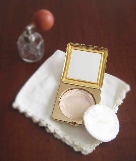 Vintage Compact - Complete Avon Compact Set- Avon - Pill box - Photo Holder - Collector Compact
