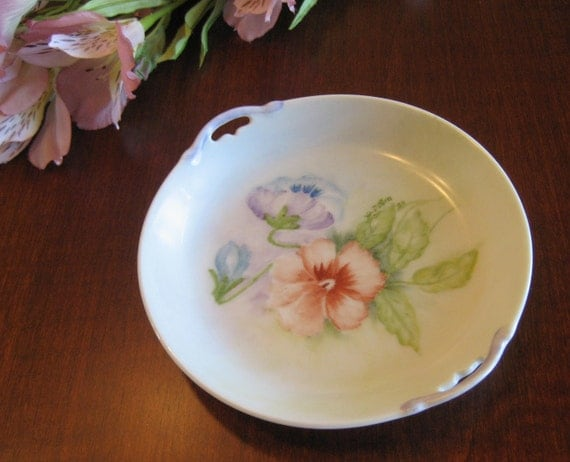 Delicate Pansy Dish - Hand Painted - Flower Trinket Dish - Shabby Chic Display - Cottage Chic Display - Vanity Dish