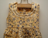 adorable vintage handmade girls sleeveless dress.