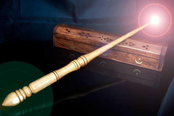"Harry Potter Style Wand with Phoenix Feather Core (17"" 43cm) OAKW06"