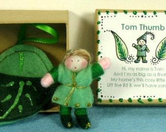 Tiny Tom Thumb in a Box