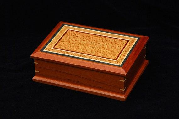 Wooden jewelry or keepsake box - ideal Mothers day gift