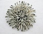 vintage 1940s flower brooch. CHRYSANTHEMUM