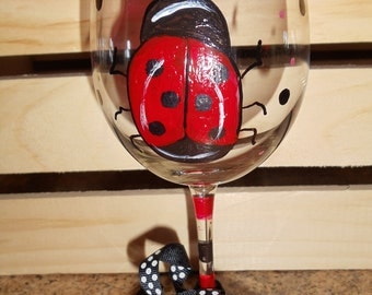 This is one Lucky Lady Bug 12oz Wine glass.