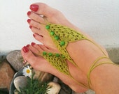 Green Barefoot Sandals with vooden beads, Nude shoes, Foot jewelry, Wedding, Victorian Lace, Sexy, Lolita, Yoga, Anklet