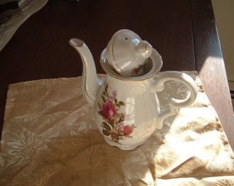 60s Vintage Fredroberts San Francisco Teapot Painted in Japan