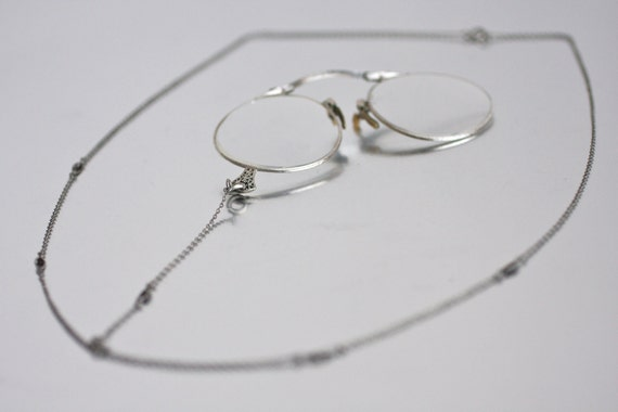 Vintage 1910s AO 12K White Gold Folding Pince-Nez Glasses with Necklace Chain and Case