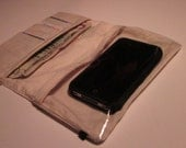"iPhone Wallet ""SmartWallet"" Water-Resistant (Cream Muslin)"