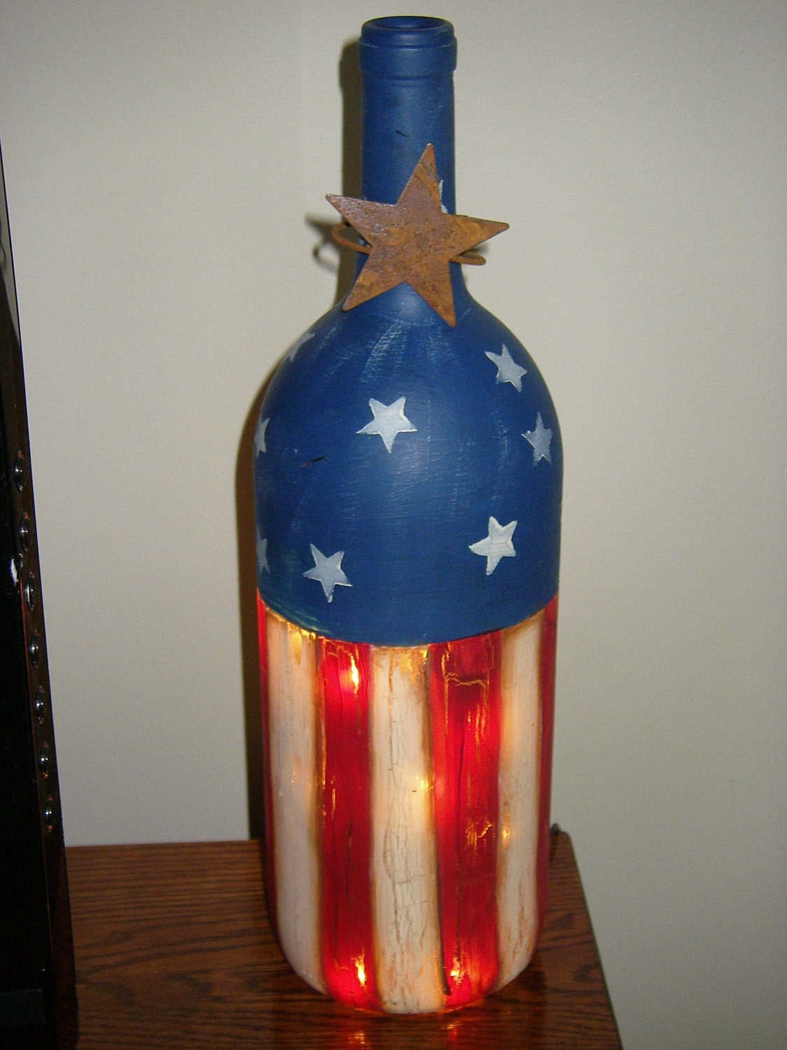 Hand painted patriotic bottle by sandyspaintinplace on etsy for Hand painted bottles