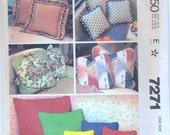 Vintage McCalls 7271 Pattern Home Decor Pillow Covers Zip