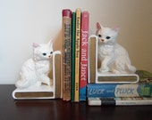 Vintage pair of Lefton ceramic bookends   White kittes or cats bookends  Made in Japan