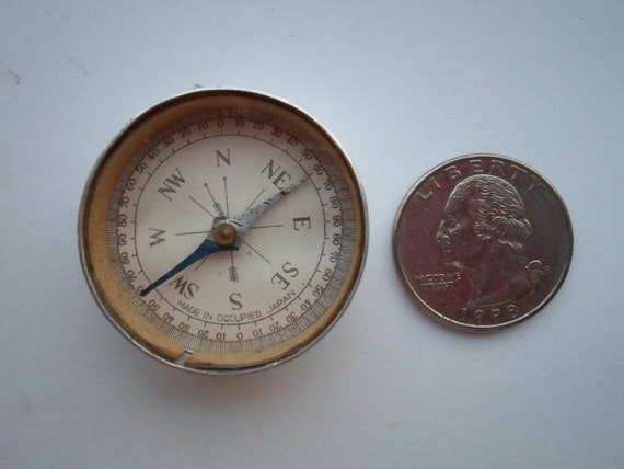 Vintage Compass  made in Occupied Japan  pocket compass keychain compass  with Mirror on back