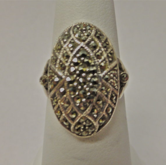 Art Deco marcasite Sterling Silver oval button ring sz7
