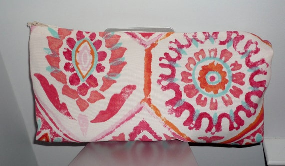 Summer Clutch That Expands