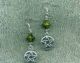 Earth Pentacle Pagan Wiccan New Earrings, Green Marbled BiCone Beads