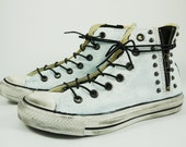 Hollywood Heartbreaker-Remade Chuck Taylor Sneaker -Heartbreaker/White