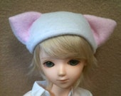 Fleece MSD Kitty Hat - White and Pink