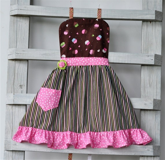 Ruffled Children's Apron in Cupcake Motif in Pink and Brown