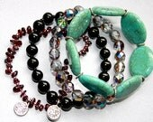 Set of 4 Stackable Bracelets in Turquoise, Garnet Chips, Vitrail Czech and Black Glass Beads