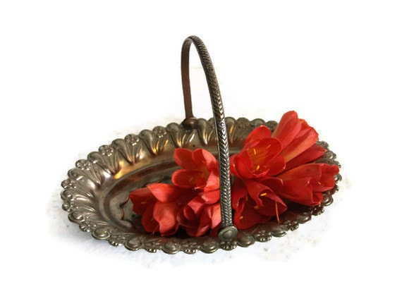 Sweet mini Picnic HAMPER rustic COPPER VINTAGE ornate metal basket - Embossed tin plated patina - Decorative flower, berry, fruit bowl
