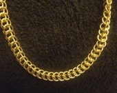 Golden chainmail necklace half Persian