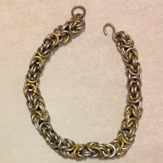 Titanium chainmail bracelet yellow-gray Byzantine chainmaille