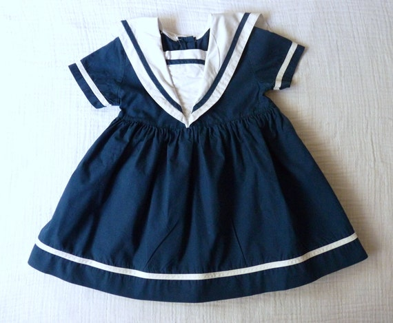 Girls sailor dress 3T. Classic nautical navy and white with square sailor collar