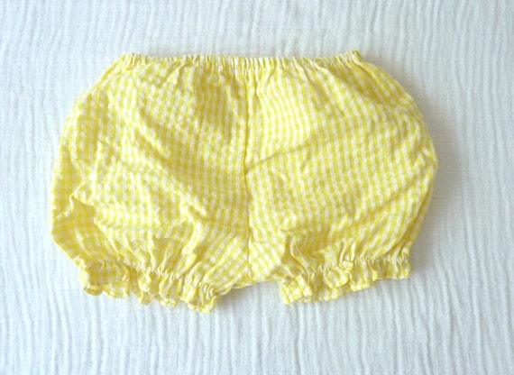 Yellow gingham baby bloomers/baby shorts, 12 to 18 months.